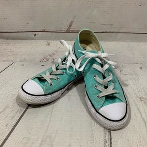 Converse All Stars Low Top Girls Sneakers